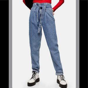 TOP SHOP High-Waisted Tapered Mom Jeans
